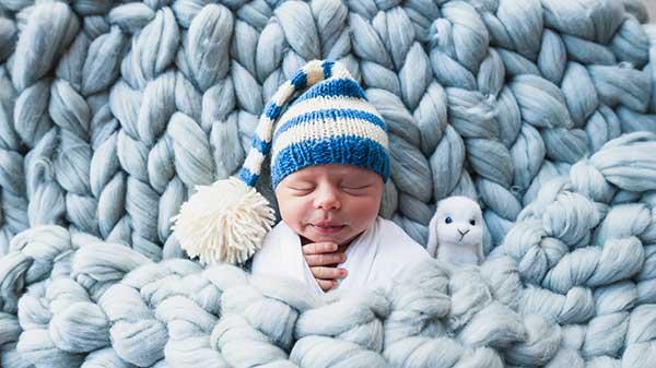 fotografia-de-bebe-nombres-de-nino-tendencia-de-moda-2020